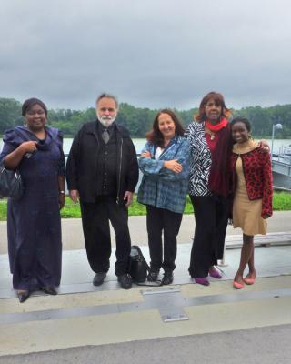 der ehemaligen nigerianischen Botschafterin Maria Oyeyinka Laose, Wolfgang und Martha Denk