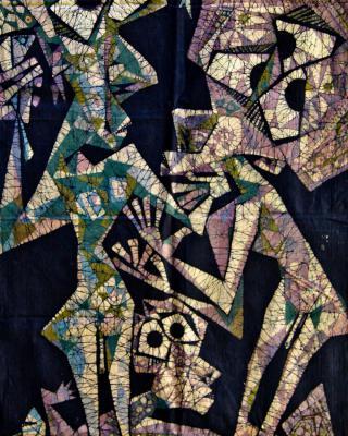 Der Hahn des Odudua – Schöpfungsmythos, 1975, Wachsbatik / Textilmalerei, 200 x 85 cm